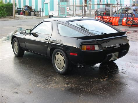 how to learn everything about cars 1984 porsche 944 parking system 1984 porsche 928 information and photos momentcar