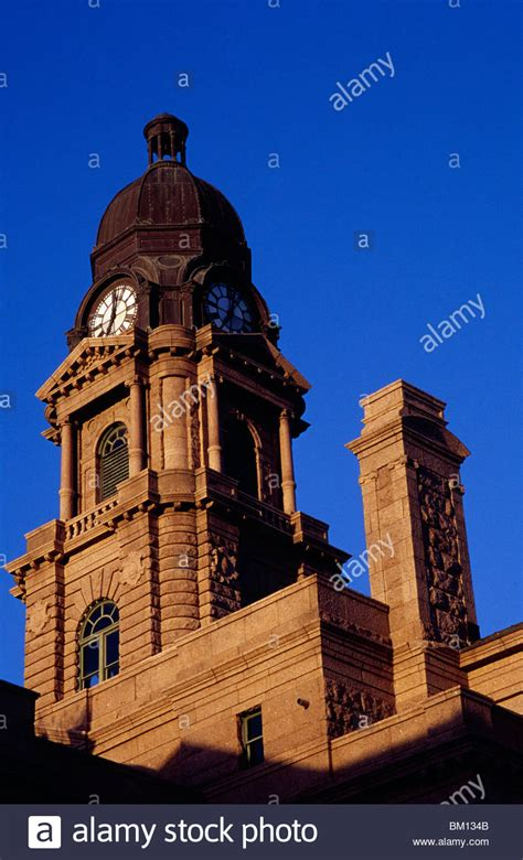 Tarrant County Tx Court Records Low Angle View Of A Courthouse Tarrant County Courthouse Tarrant Stock Photo