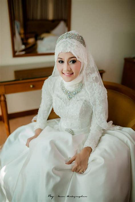 Baju Pengantin Jilbab inspirasi gaun pengantin muslim ini bisa membuatmu tak bak putri dari negeri dongeng