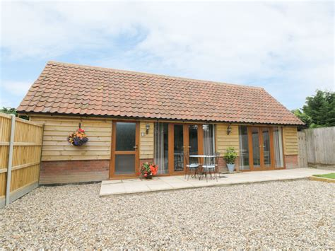 Weekend Cottages Norfolk by Foxley Wood Cottage Spixworth Catton East Anglia