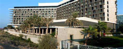 hotel radisson blu abu dhabi yas island uae booking com hotel radisson blu yas island in