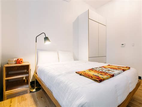 Rooms To Go Cc by Wework Welive Apartments Open 1 375 For A Murphy Bed
