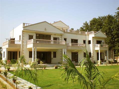 Traditional Kerala Home Interiors kumar farm house south delhi residential architect