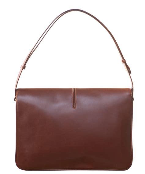 Gucci Catur Segi Bown 1 gucci brown leather shoulder bag artlistings