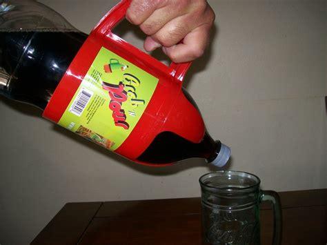 grab n pour 2 liter bottle handle other