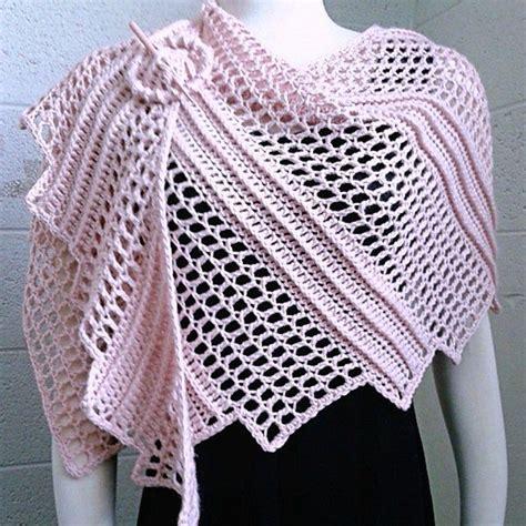 crochet shawls crochet shawl wrap pattern capelet lizard shawl crochetsquare com pattern paradise