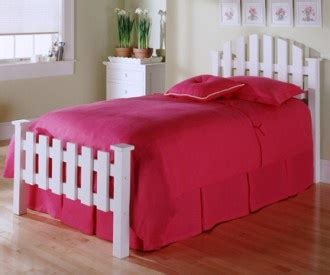 Picket Fence Bed Frame White Picket Fence Bed Kid S Rooms Pinterest