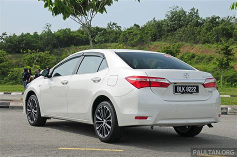 driven 2014 toyota corolla altis 2 0v on local roads