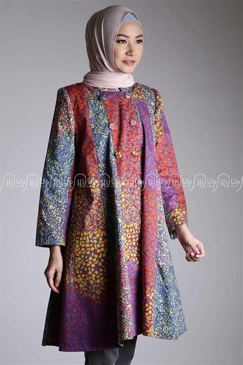 Model Blus Batik Kerja Wanita Terbaru   Blue Denim Blouses