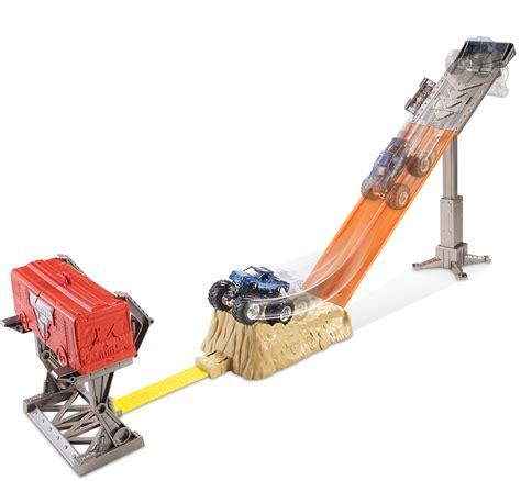 monster truck race track toy upc 887961030808 minster jam 174 smash up station track