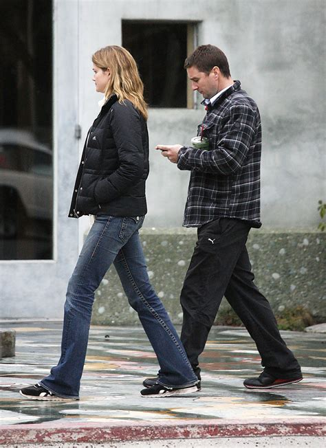luke wilson wife luke wilson in luke wilson girlfriend shopping in malibu