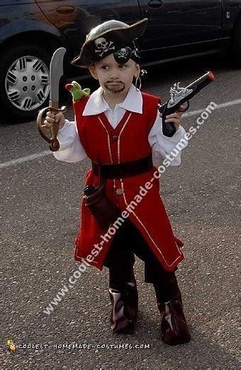 Handmade Pirate Costume - 10 cool pirate costume ideas for