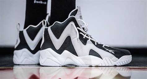 Sneakers New Sns 01 Hitam 1 packer shoes x sns x reebok kamikaze ii token38