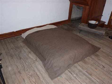 beds on the floor bed on the floor in the slave quarters pics4learning