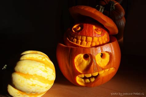 be creative mummy uk lifestyle blog crafts carved pumpkin happy halloween