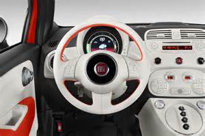 Steering Wheel For Fiat 500 2015 Fiat 500c Reviews And Rating Motor Trend