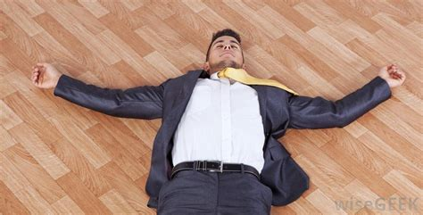 testo faint what are the most common causes of nausea and fainting