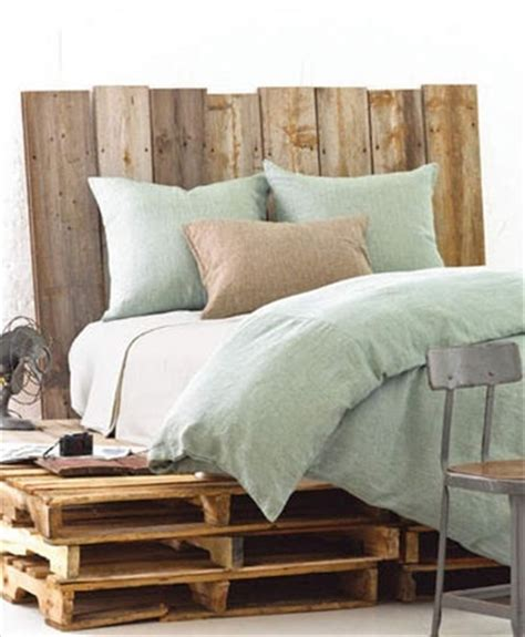 Pallet Headboard For Bed by 34 Diy Ideas Best Use Of Cheap Pallet Bed Frame Wood
