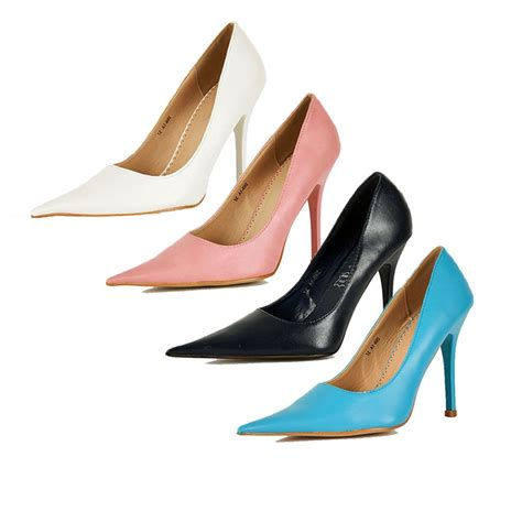 court shoes with pointed toe and high heel