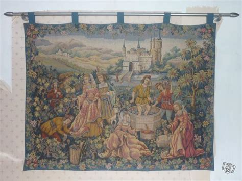 Tapisserie Murale Ancienne by Ancienne Tapisserie Murale Collection