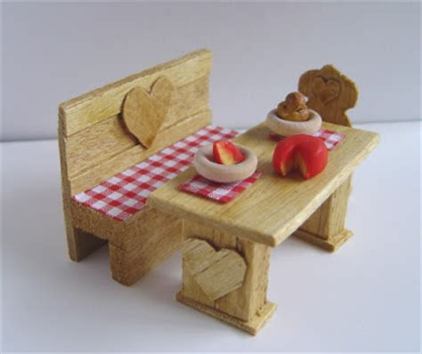 making dolls house miniatures making dolls house miniatures make a miniature bench and table free doll s house idea