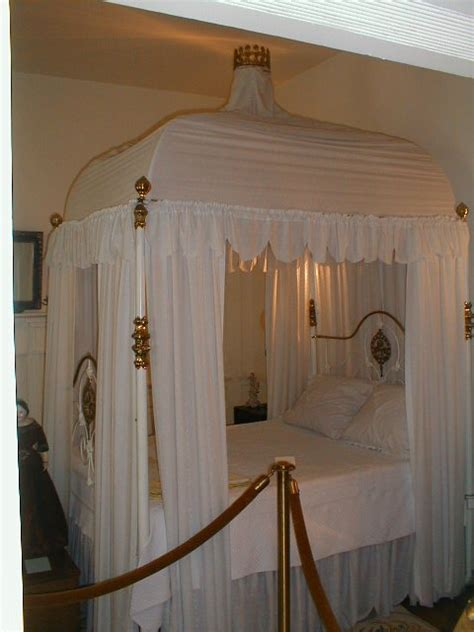 mary todd lincoln house 187 in bed with jackie kennedy other first ladies some of their boudoirs carl
