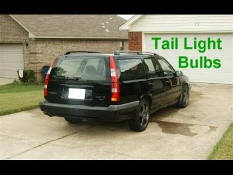 upper tail light bulb replacement volvo   votd youtube