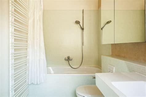 badezimmer fliesen 50er jahre wandfliesen im badezimmer ihren passenden wandbelag finden