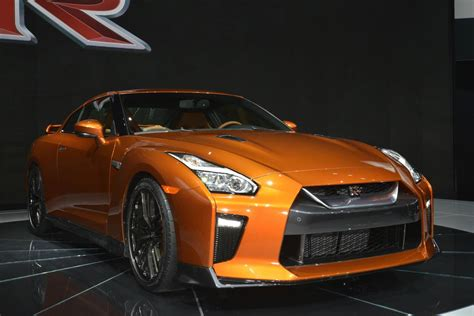 skyline nissan 2016 new york 2016 nissan gt r facelift gtspirit