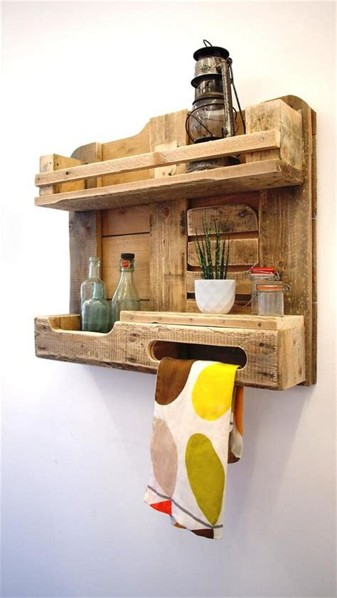 Pallet Towel Rack by Pallet Towel Rack For Bathroom Pallet Wood Projects
