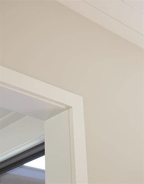 wall paint meaning white chocolate benjamin moore and shades of white on
