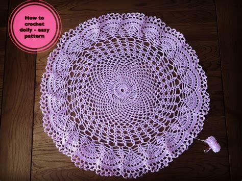 Crochet Lace Motifs In Pink And White Free Patterns best 25 crochet dollies ideas on crochet