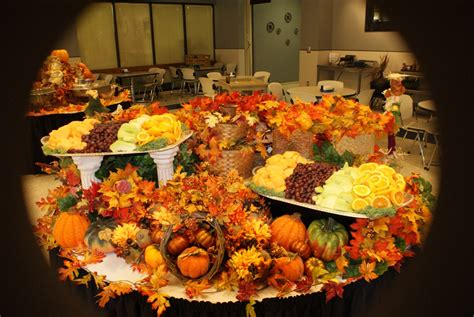 Thanksgiving Table Decorations by Fall Thanksgiving Table Decoration Decorating A Table