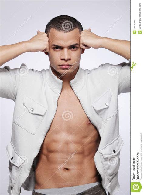 Modele Vivant Masculin