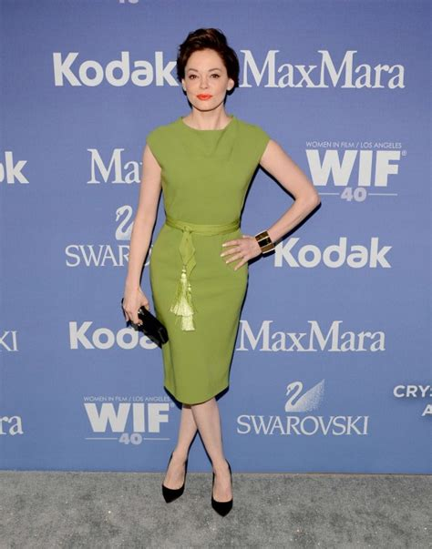 women in film s 2013 crystal lucy awards arrivals chin length rose mcgowan 2013 women in films 04 gotceleb