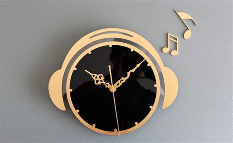 Decorative Bathrooms Ideas by 12 5 Quot H Fashion Acrylic Wall Clock Golden Modern Wall