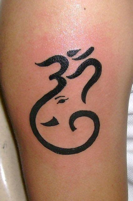 devotional tattoo designs 10 devotional om designs beautiful middle and design
