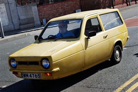 reliant robin reliant robin top 10 worst cars pictures auto express