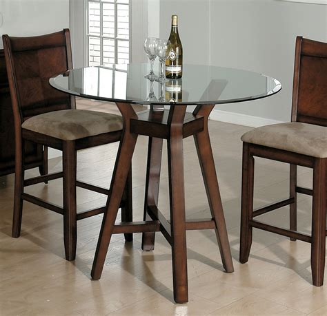 glass top dining table  shiny surfaces providing