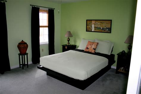 Green And Black Bedroom   Home Decoration
