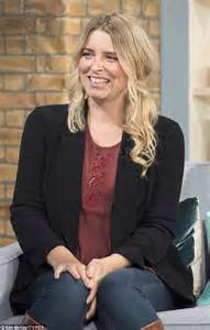 actress emma atkins emmerdale s emma atkins reveals she welcomed a lovely