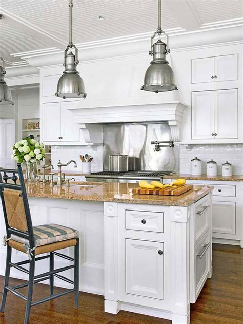 the enduring style of the traditional kitchen enduring style
