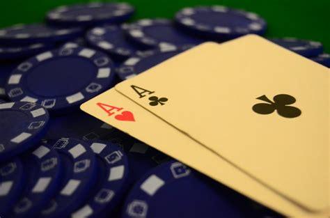 pentingnya menggunakan tepercaya  qq poker bandar
