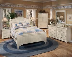 furniture cottage retreat popular home