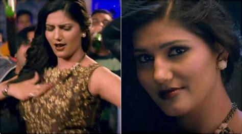 sapna choudhary love bite watch bigg boss 11 contestant sapna choudhary s first