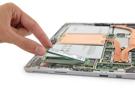 quanto costa disk interno microsoft surface pro 4 come si smonta e si cambia l
