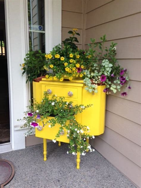 Alternative Planters by 17 Brilliant Planter Stand Alternatives To Transform Your