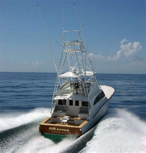 sport and fishing boats 25 best ideas about sport fisher yachts on pinterest