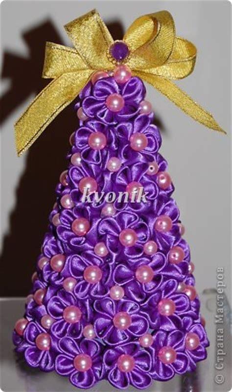 albero di natale con fiori alberello con fiori in raso tutorial