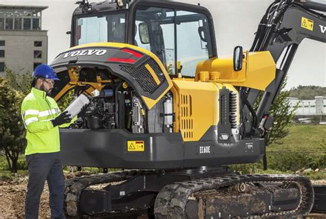 volvo ce intros ece excavator  big  small jobs alike   power boost